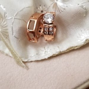Rose gold plated zirconia earrings